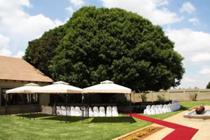 Wedding venue with beautiful outside garden setting in Midrand