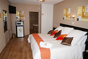 Akweja B&B in Johannesburg Alberton for luxury 4 star accommodation