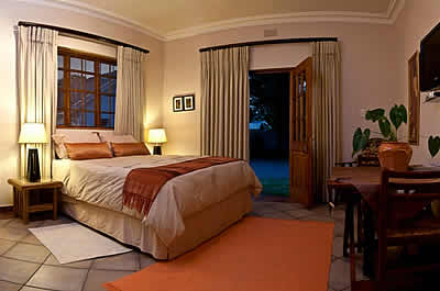 Luxurious Self catering unit at Dawn View Guest House in Vereeniging