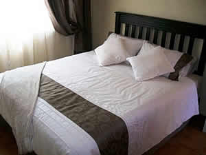Morning, Noon & Night Guest House provides affordable accommodation in Alberton in double, twin and single en-suite bedrooms