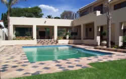Benoni Accommodation - Benoni B&B at Impangele