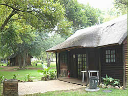 Magaliesburg Accommodation - Magaliesburg Resorts - Magaliesburg Camping -  Lovers Rock Holiday Resort and camping