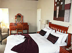 Arch Inn Guest House in Springs offers luxury accommodation